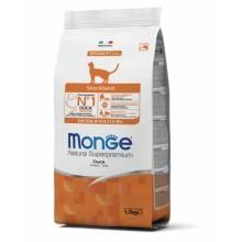 Monge Cat Monoprotein Sterilised для стерилизованных кошек с уткой - 1,5 кг (10 кг)